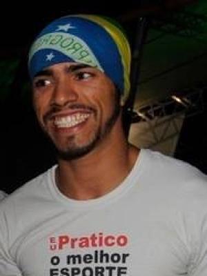 Douglas Rafael Santos Oliveira